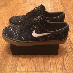 new product cf95f 0bb1a  Nike  Zoom Stefan Janoski Men s Skate Shoes NEW